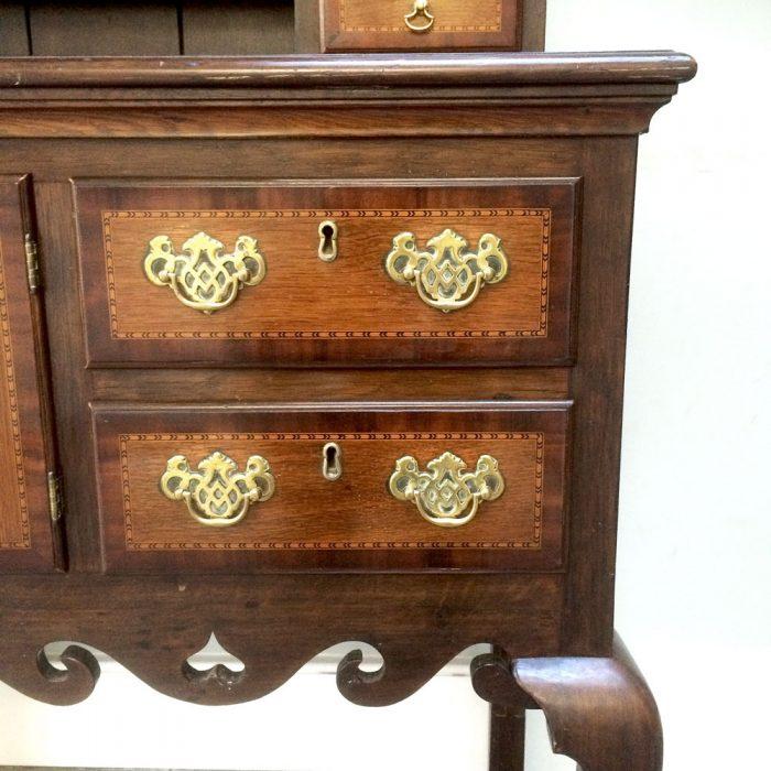 Vintage-Oak-Dresser-lower-drawers-detail-Napoleonrockefeller